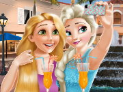 Elsa And Rapunzel Selfie Time Game